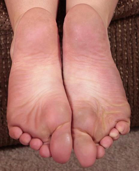 Sarah Peachez Feet