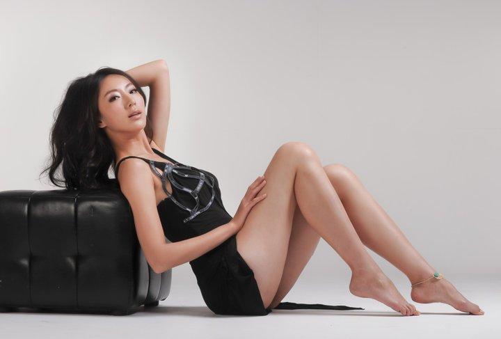 Sonia Sui Feet