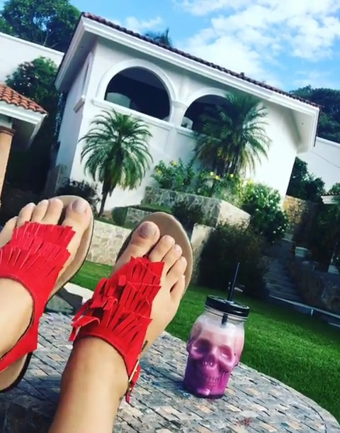 Larissa Riquelme Feet