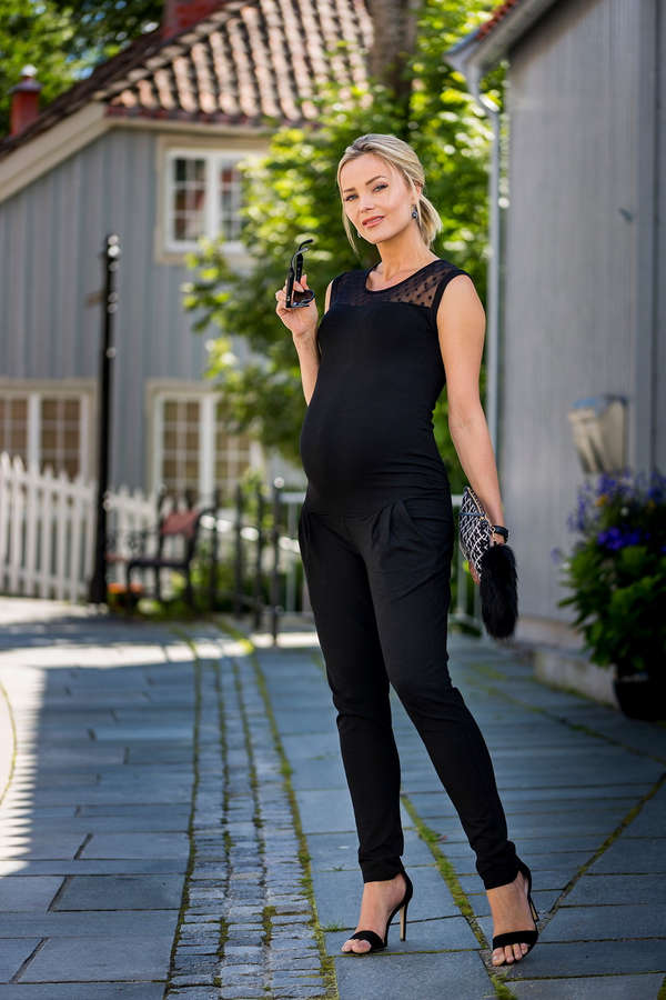 Caroline Berg Eriksen Feet