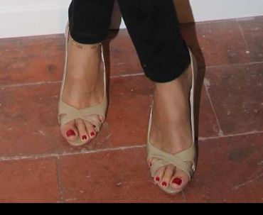 Shiraz Tal Feet