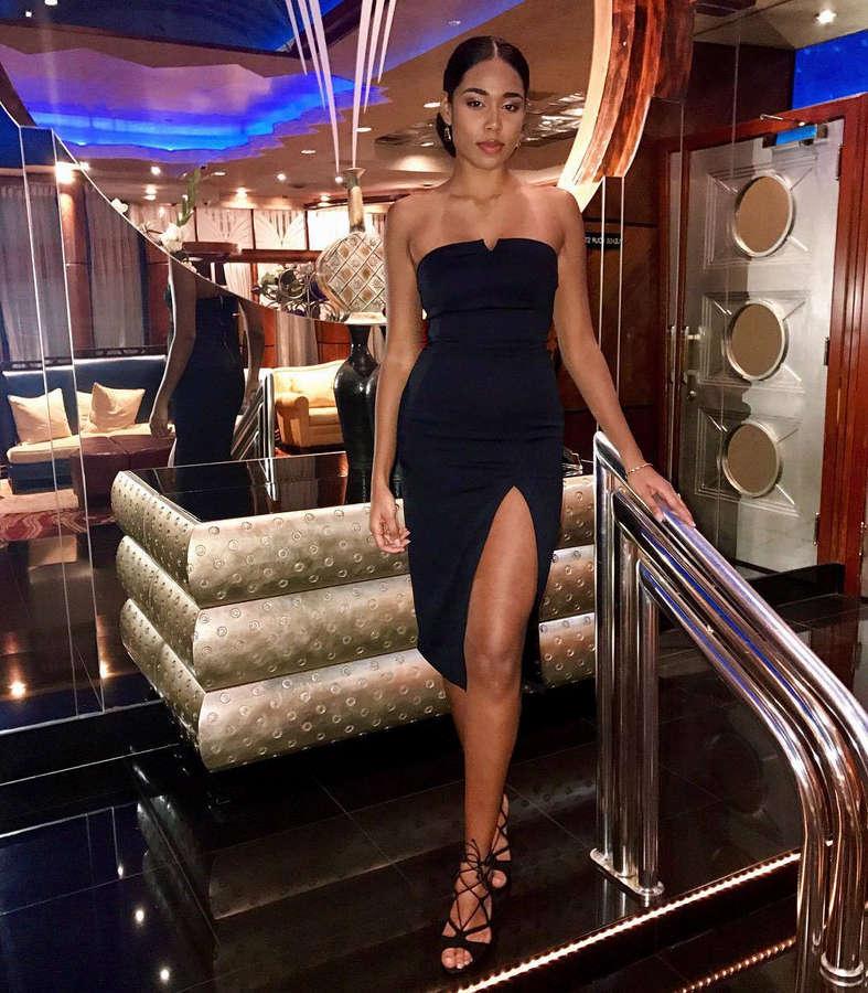 Victoria Gomez Feet