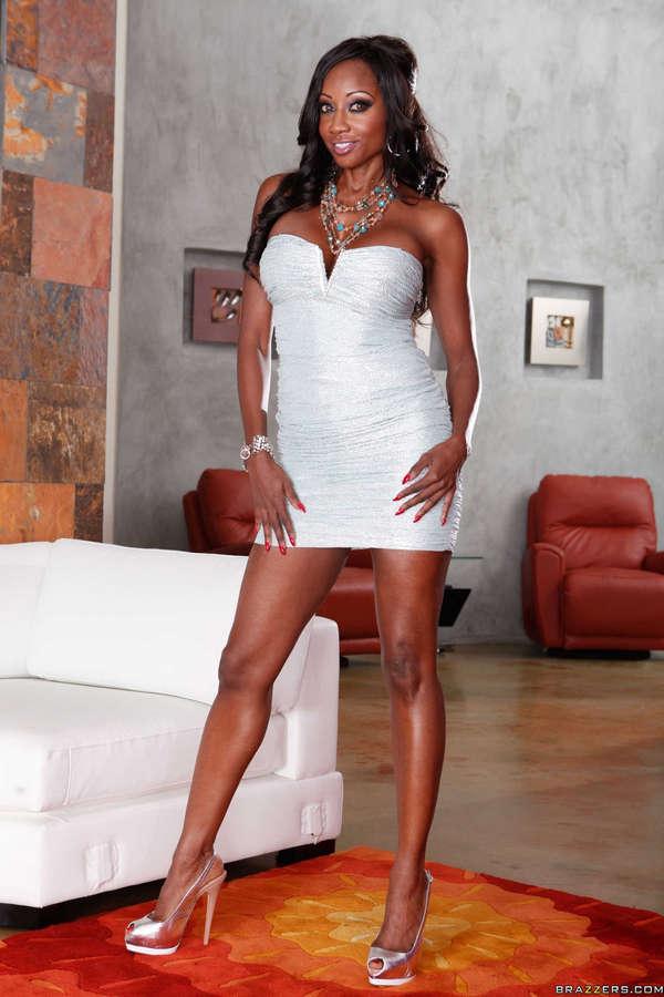 Diamond Jackson Feet (7 images) - celebrity-feet.com