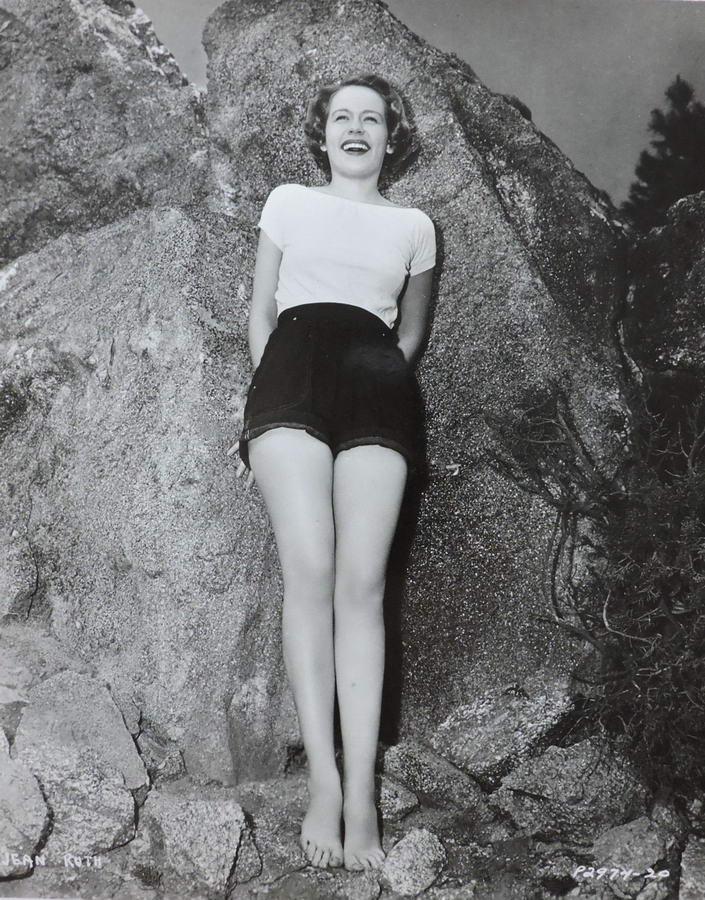 Jean Ruth Feet
