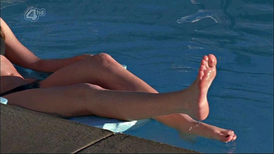 Shantel VanSanten Feet