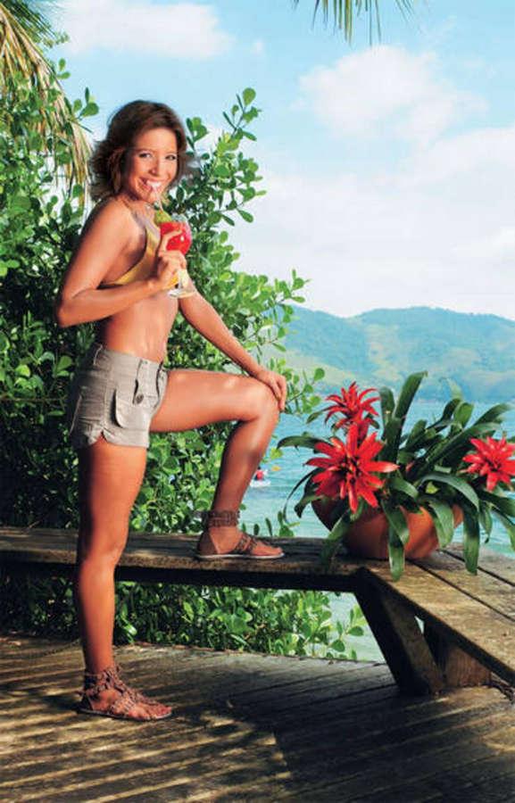 Renata Dominguez Feet