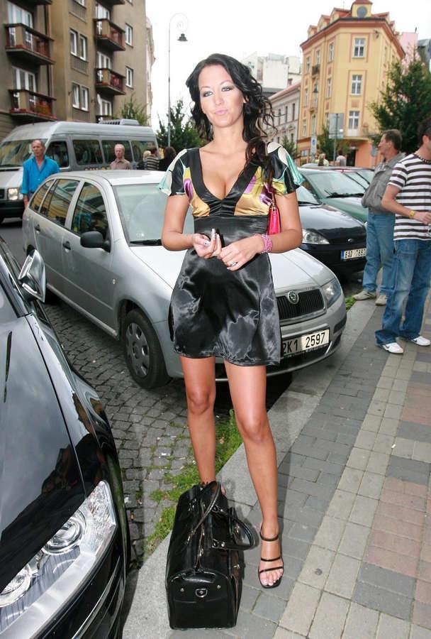 Agata Hanychova Feet