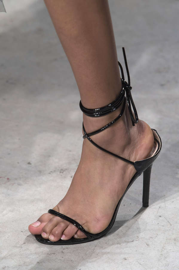 Aissa Guillaume Feet
