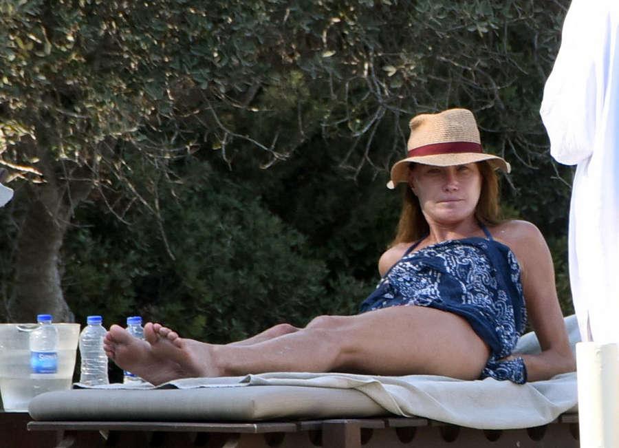 Carla Bruni Feet