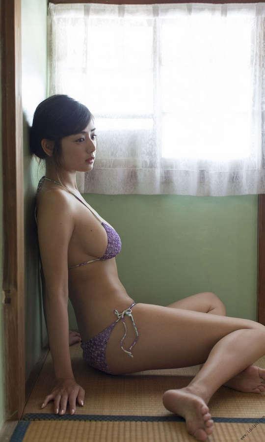Moemi Katayama Feet