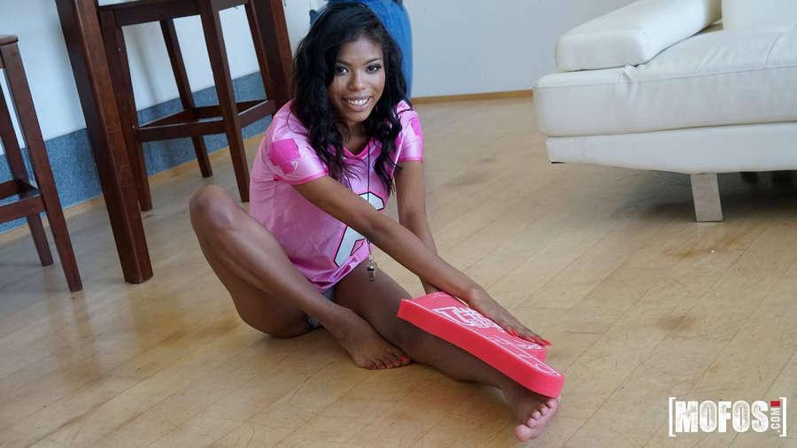 Nia Nacci Feet