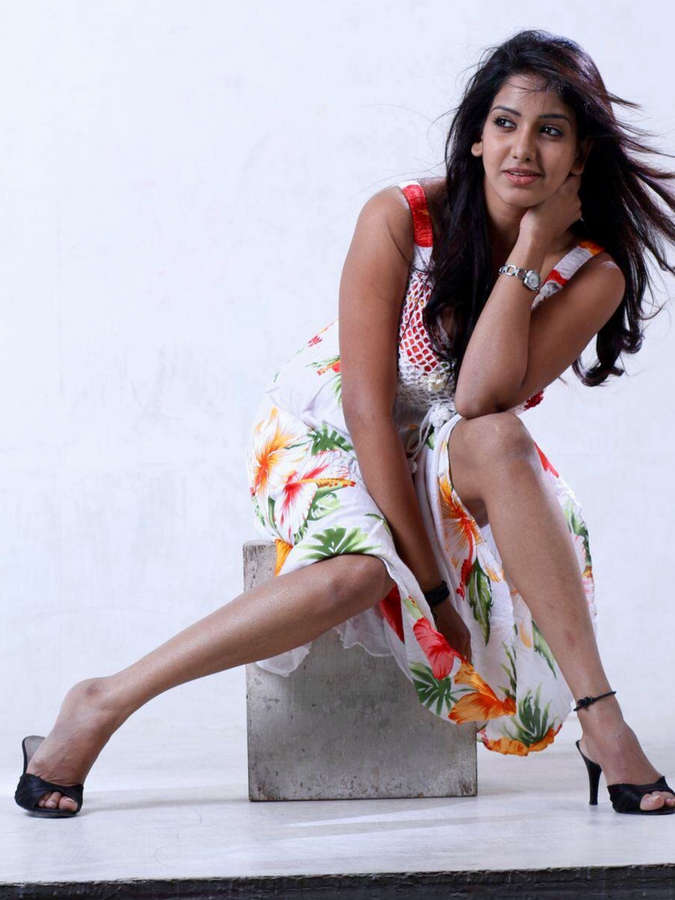 Pavani Reddy Feet