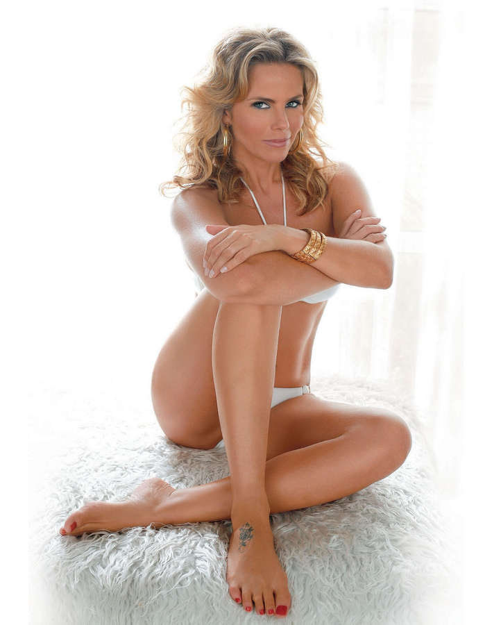 Maria Candida Feet