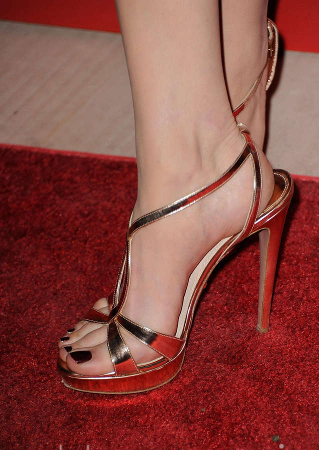 Michelle Williams Feet