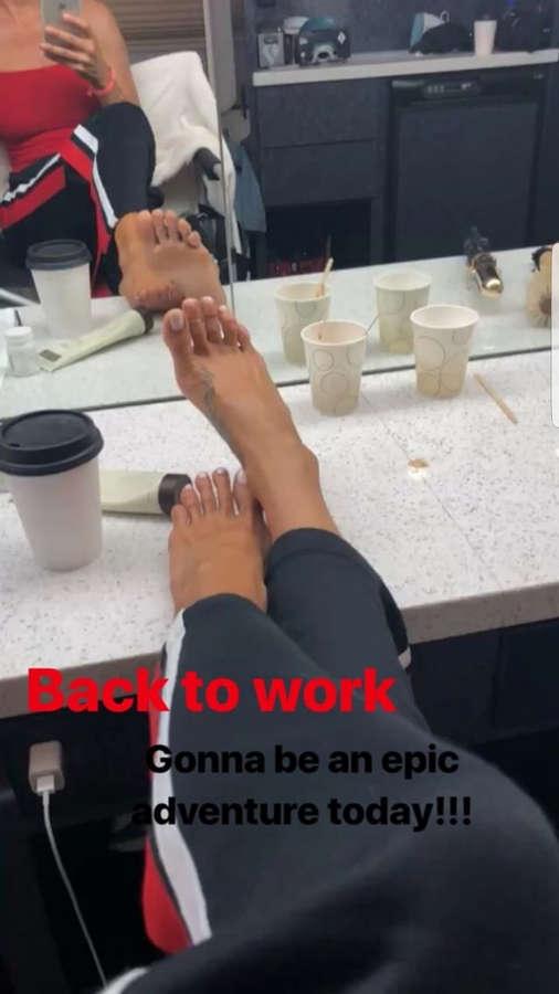 Brooke Burke Feet