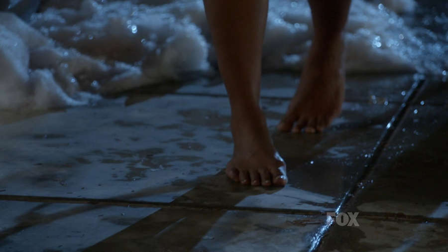 Mindy Kaling Feet