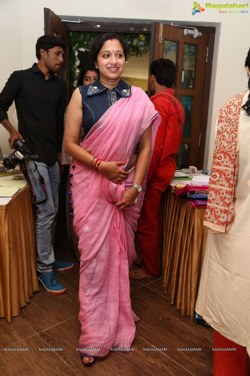 Anitha Chowdary Feet