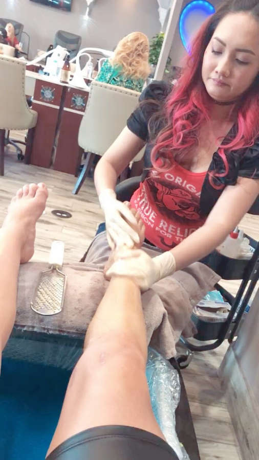 Ashton Locklear Feet