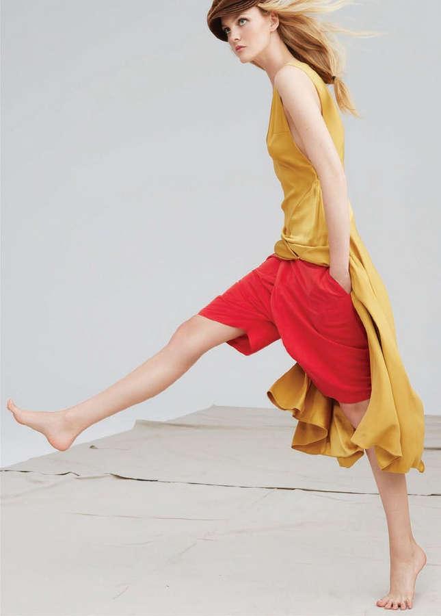 Caroline Trentini Feet