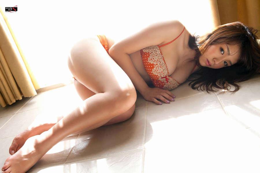 Ai Shinozaki Feet