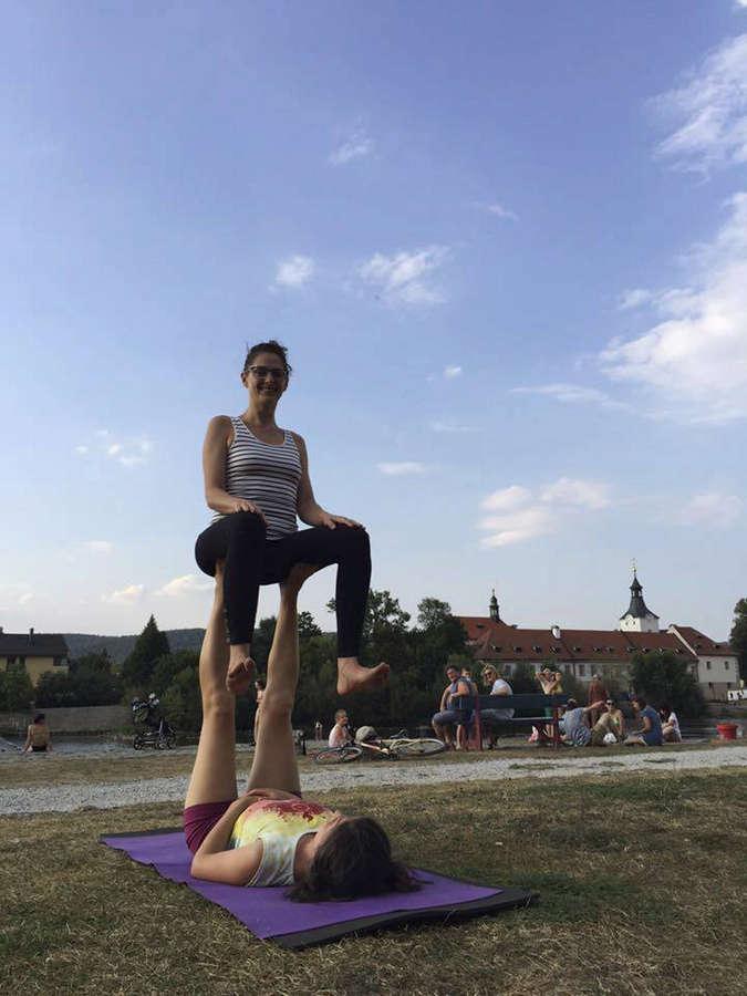 Klara Issova Feet