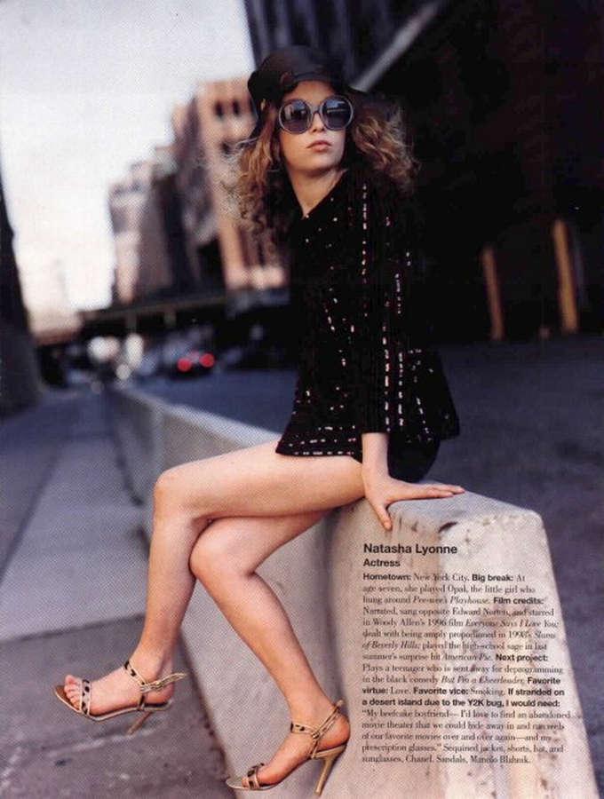 Natasha Lyonne Feet