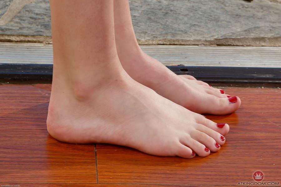 Maddy Rose Feet