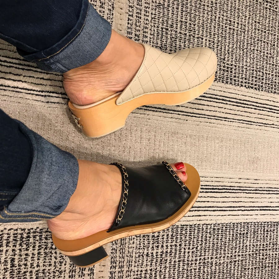 Evelina Bledans Feet