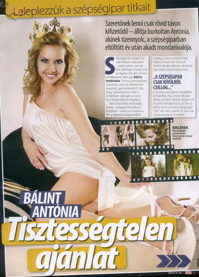 Antonia Balint Feet