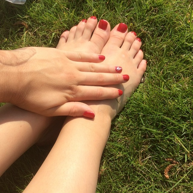 Claudia Fragapane Feet