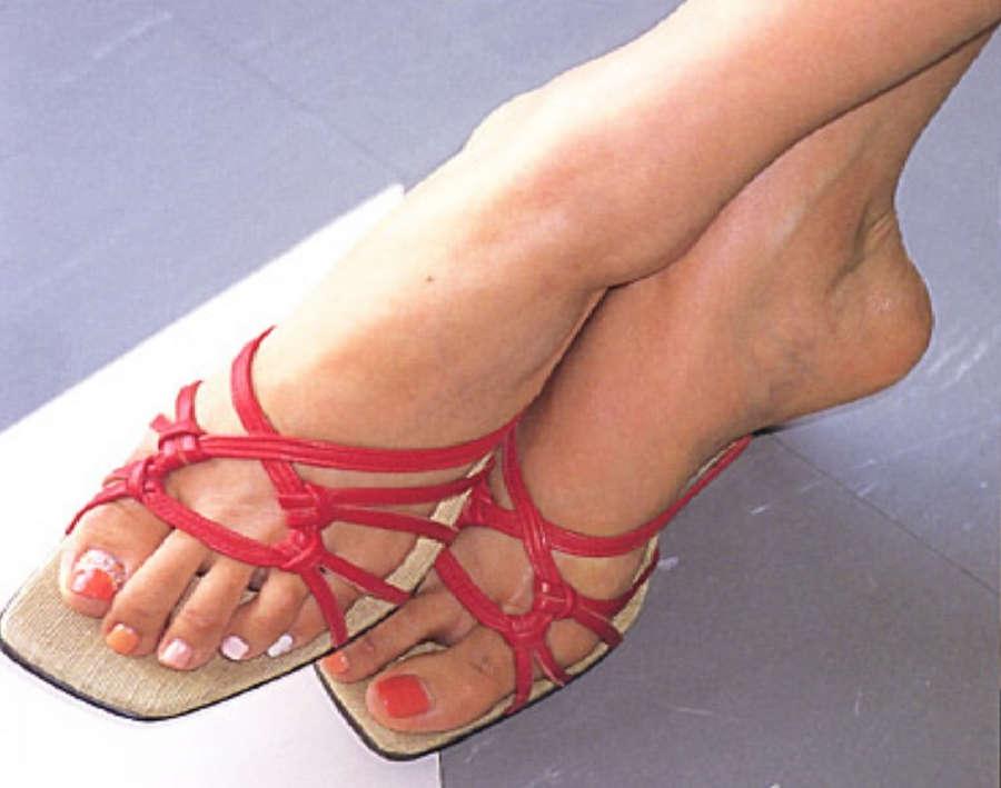Rei Kikukawa Feet