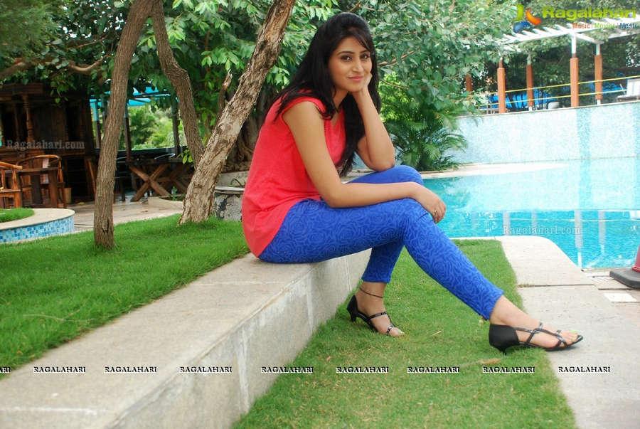 Shamili Feet