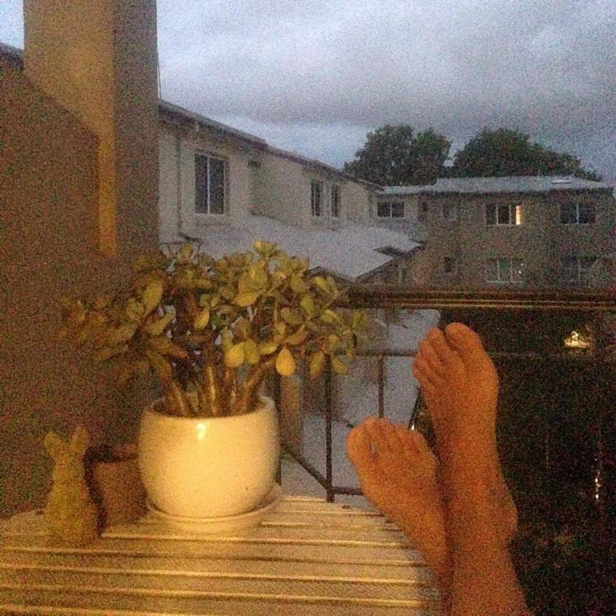 Julia Billington Feet