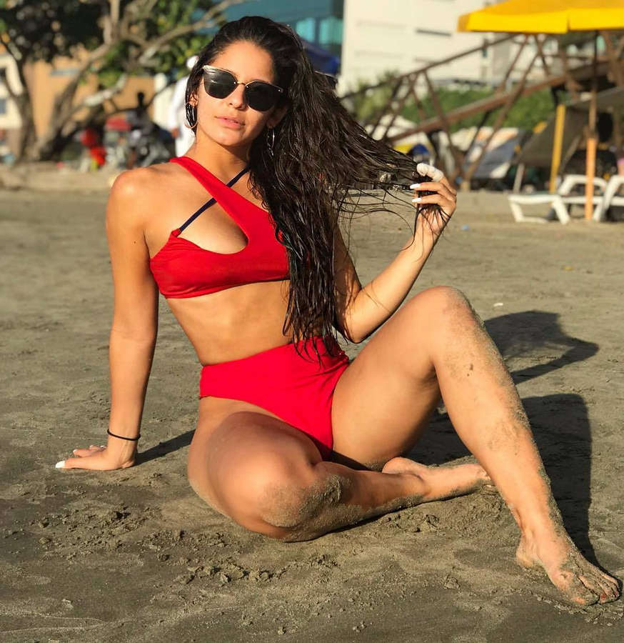 Maria Legarda Feet