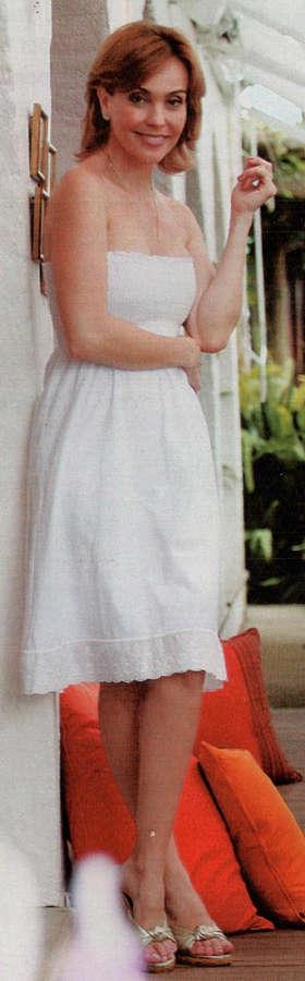 Flavia Monteiro Feet