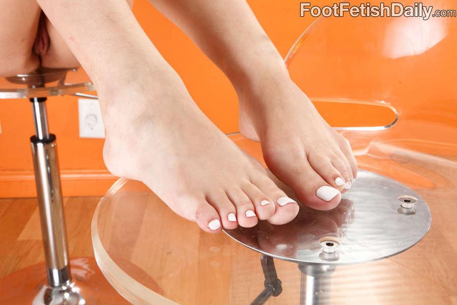 Zarena Summers Feet