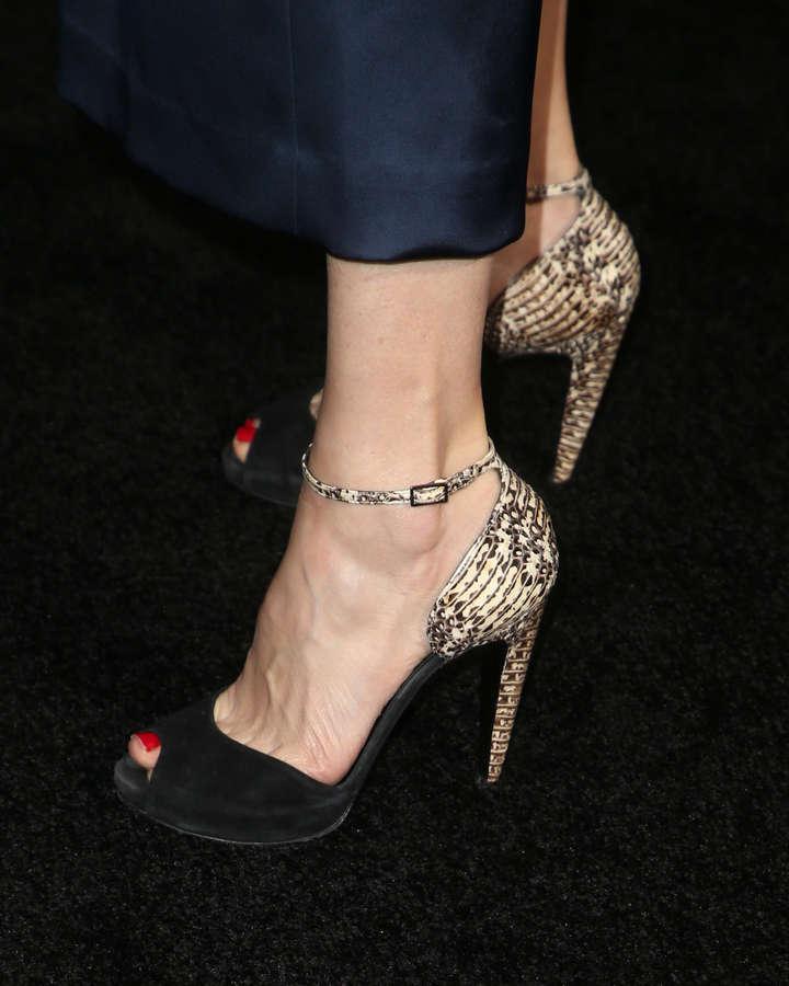 Kim Raver Feet