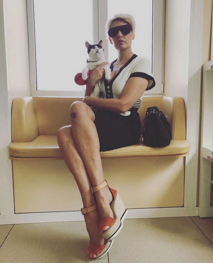 Svetlana Volnova Feet