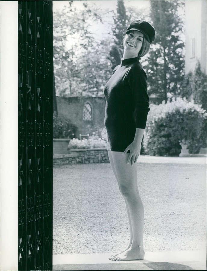 Claudine Auger Feet