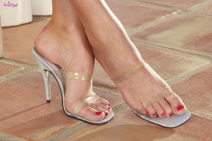 Bianca Bruni Feet