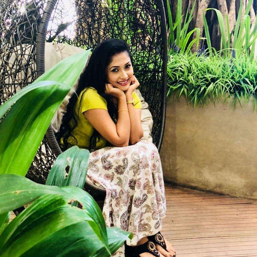 Nayanathara Wickramarachchi Feet