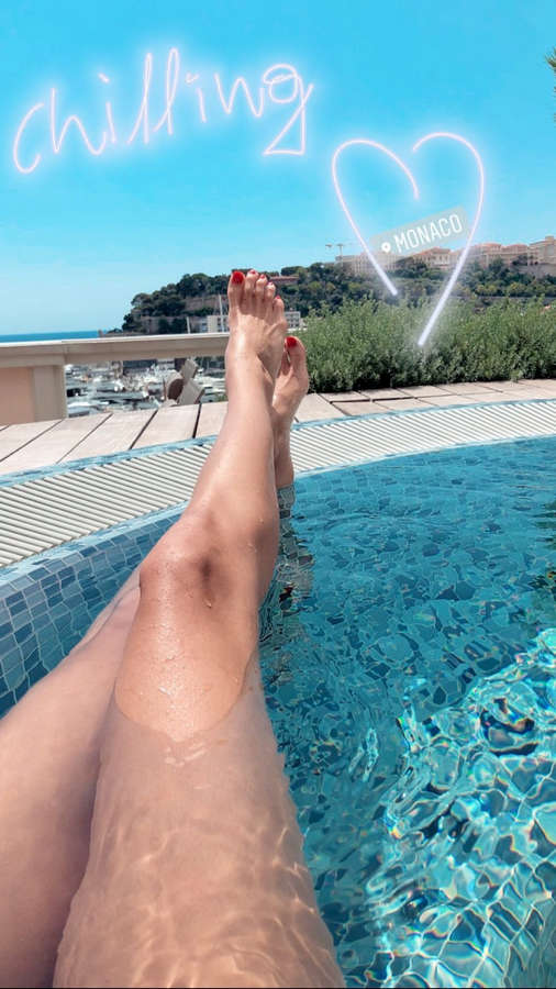 Dimitra Alexandraki Feet