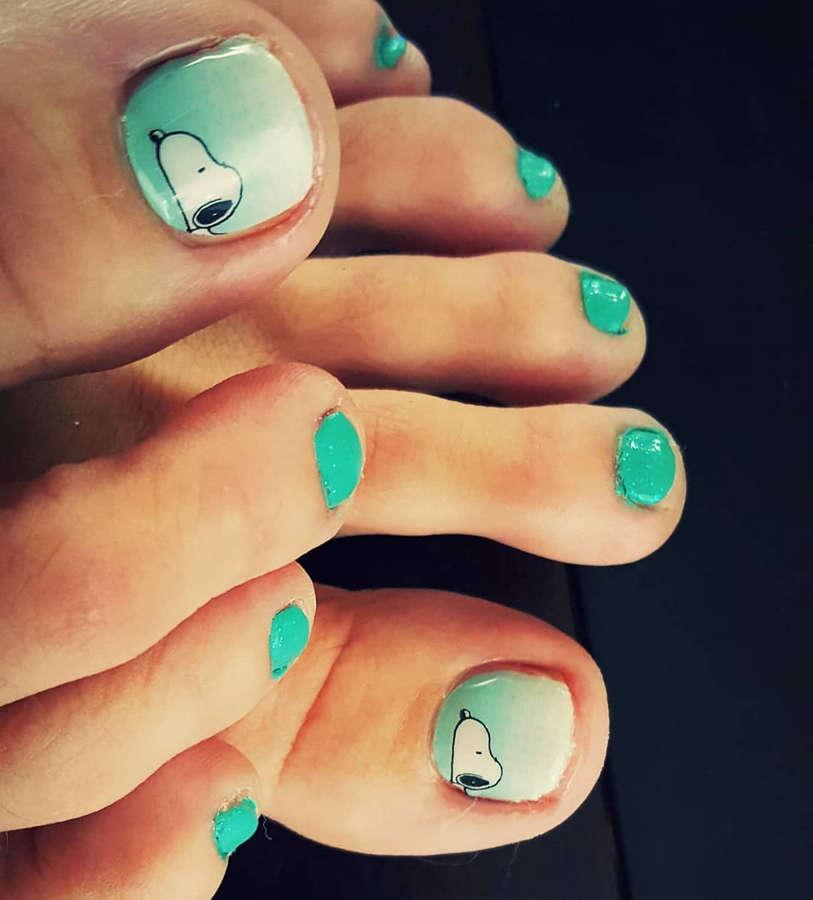 April Hunter Feet