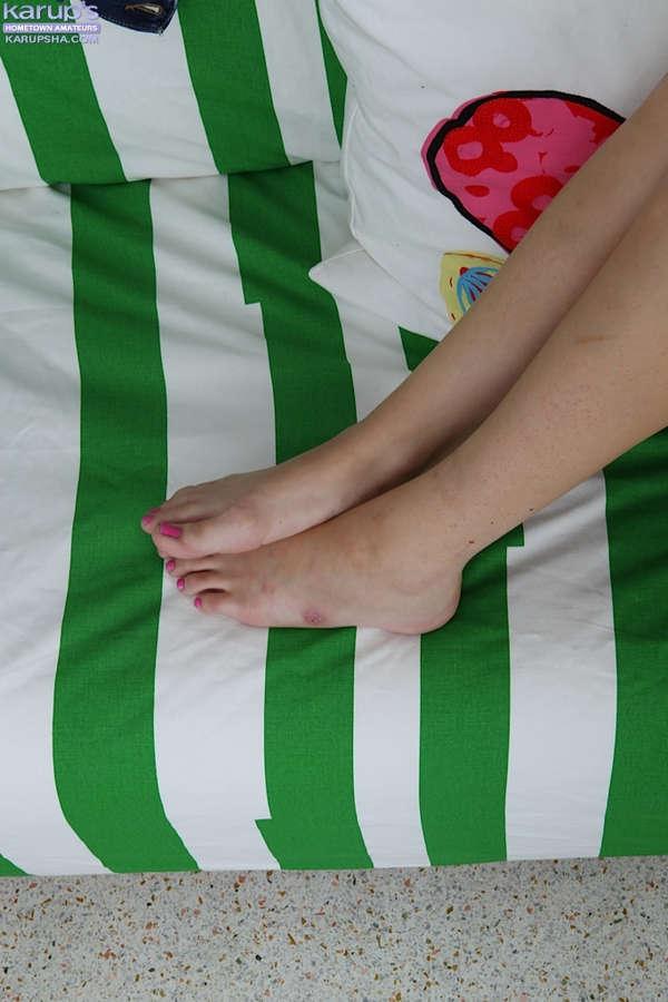 Vallerie White Feet
