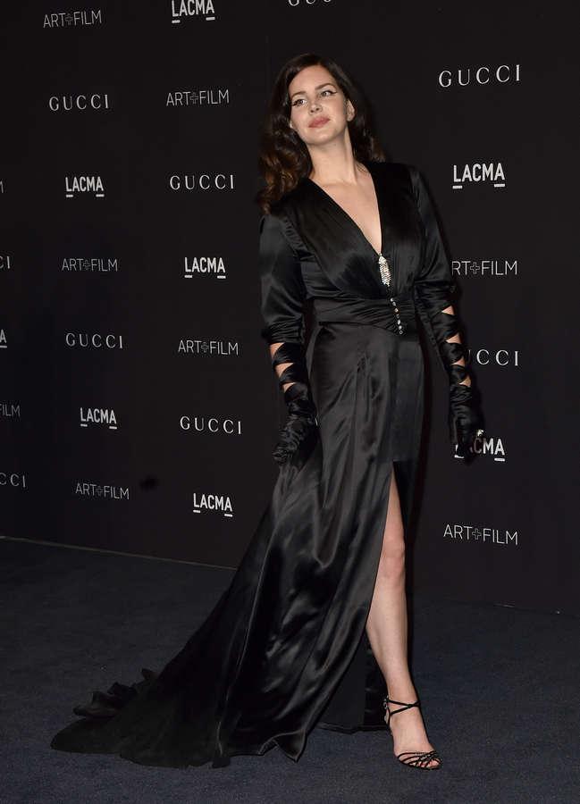 Lana Del Rey Feet