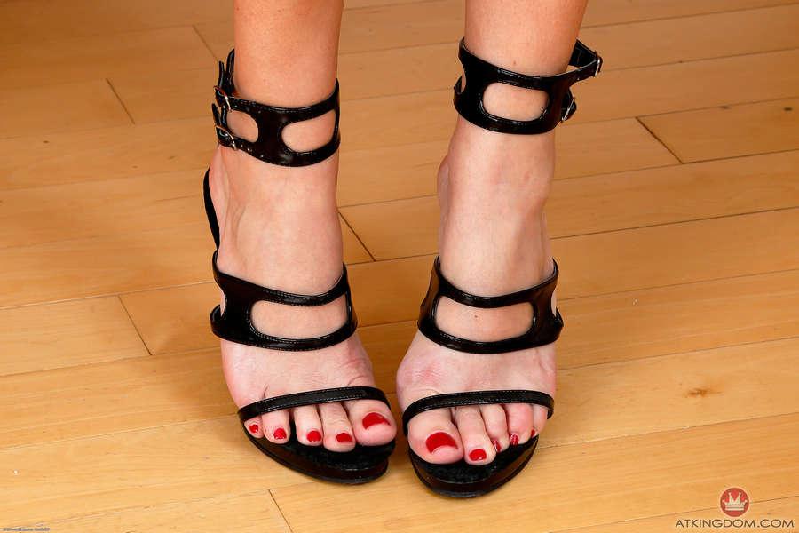 Elexis Monroe Feet
