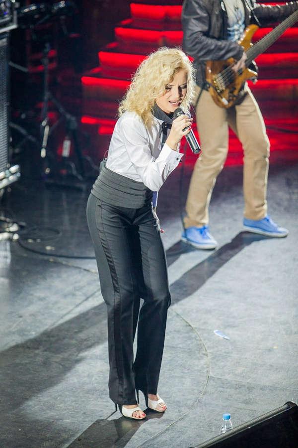 Polina Gagarina Feet
