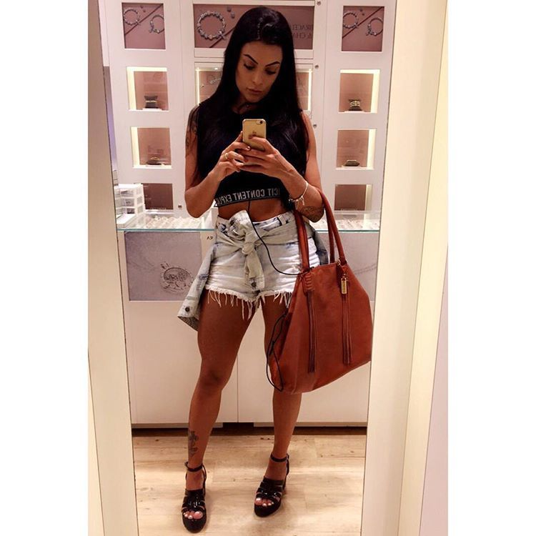 Monique Amin Feet