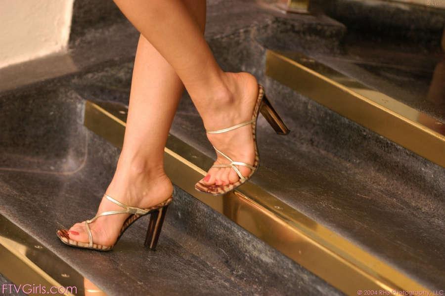 Isabella Camille Feet