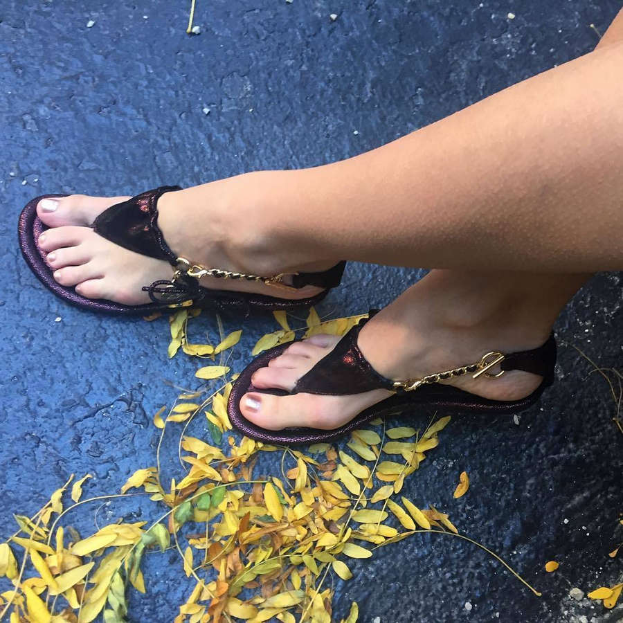 Lena Coco Hunter Feet
